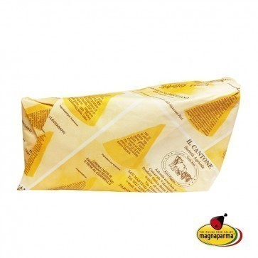 """Parmigiano Reggiano PDO  """"Red Cows"""" 24/30 months aged - tip 1 kg wrapped by hand"""