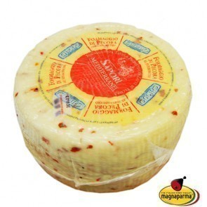 Whole Pecorino with Chilli Pepper 3,4 kg