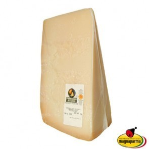 Parmigiano Reggiano from the mountain PDO 24 months - tip 1 kg
